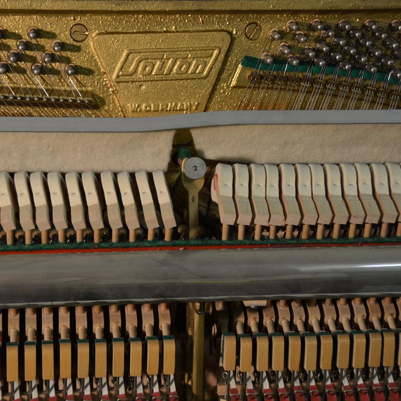 uglasevanje-in-popravilo-klavirjev-alojz-hrastnik-domov-1